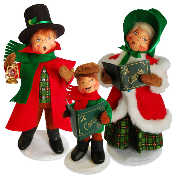 caroling family - Annalee Christmas Decorations