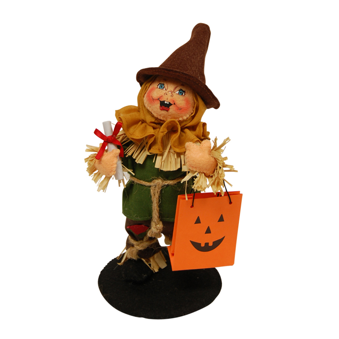 6 inch trick or treat scarecrow