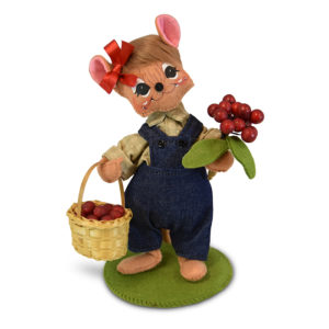 860918 6 inch Cranberry Girl Mouse