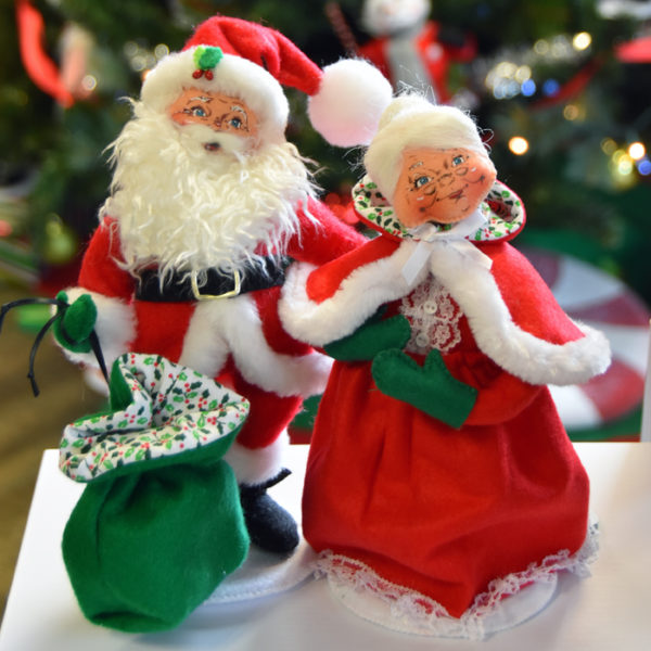 2018 exclusive saint nick and mrs