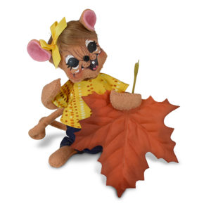 6 inch autumn leaf mouse