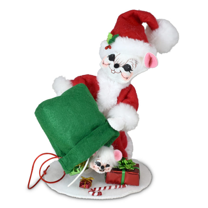 610621 6in Special Delivery Santa Mouse