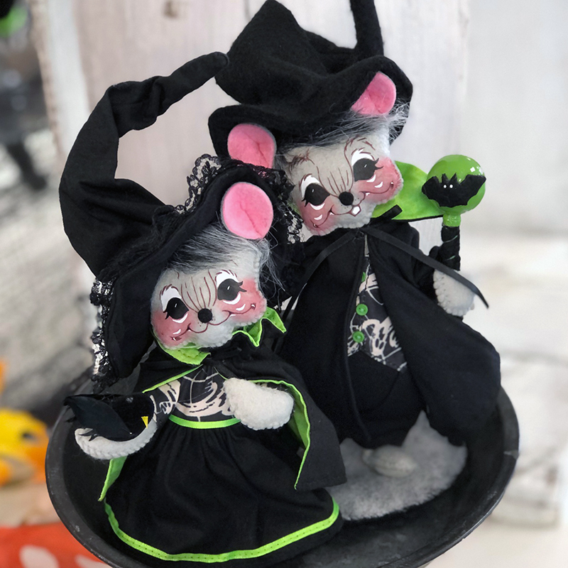 2021 6in Ghostly Mouse Couple-WEB